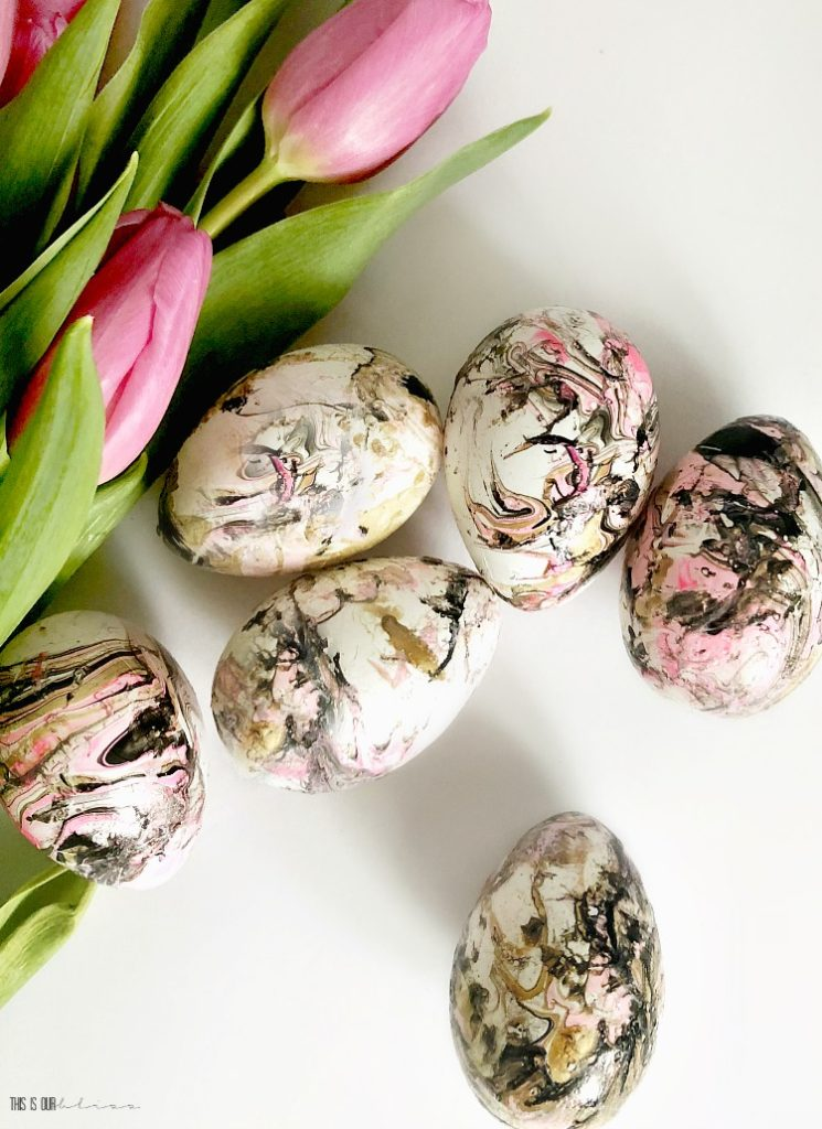 HOW TO MARBLE EASTER EGGS WITH BLACK, GOLD & PINK