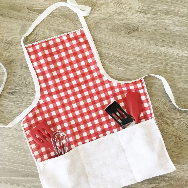 KIDS SUMMER BBQ APRON TUTORIAL