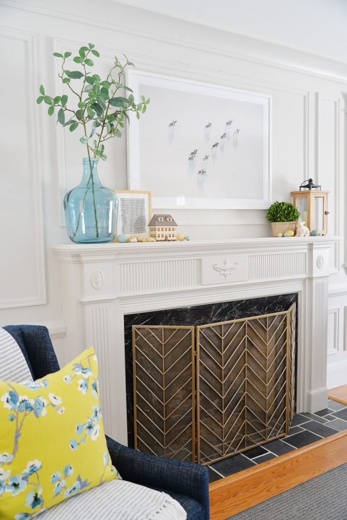 FIREPLACE MANTEL DECOR IDEAS FOR SPRING