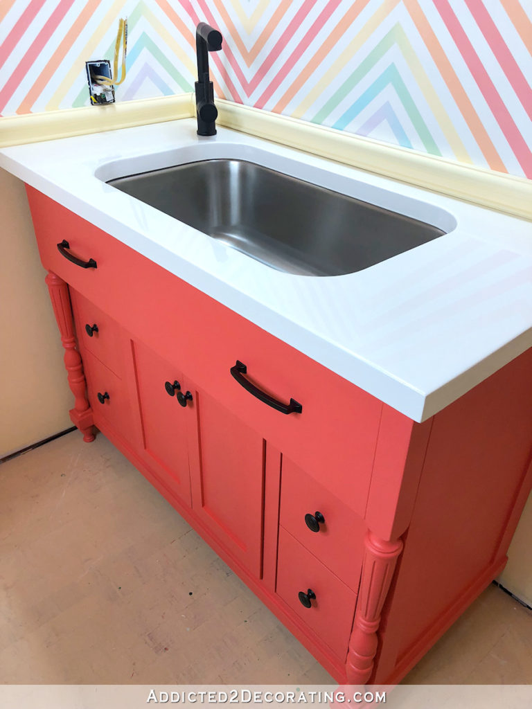DIY Bathroom Vanity – Finished!