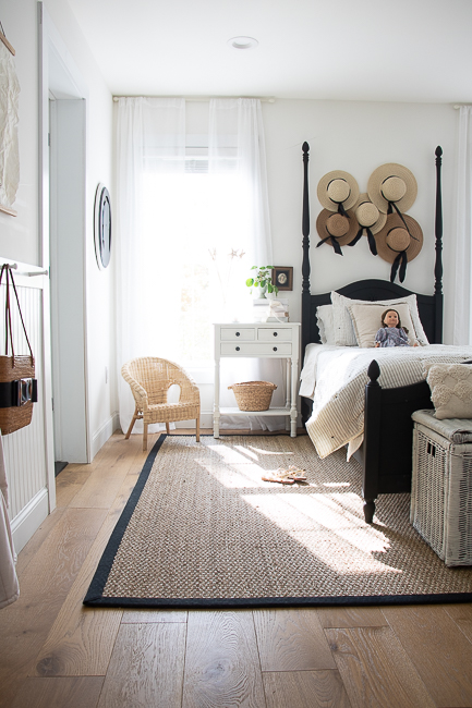 A Room Makeover without Painting the Walls