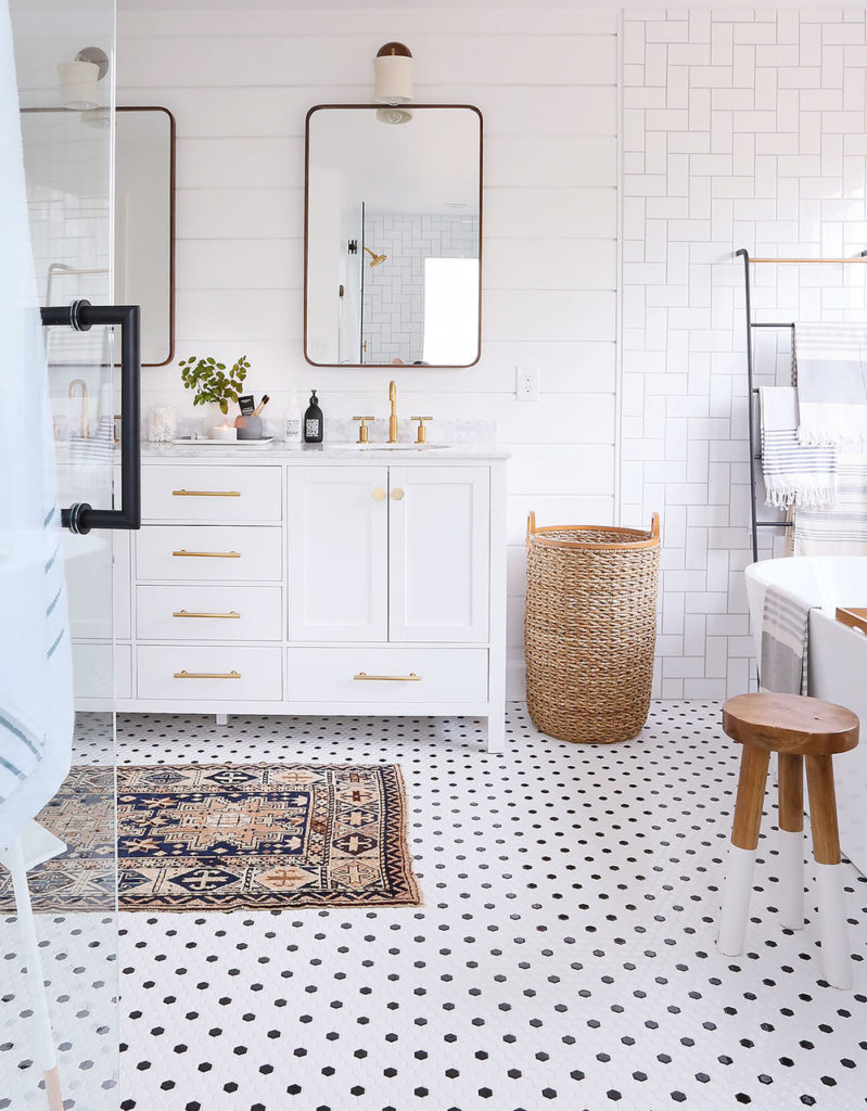 MY MASTER BATHROOM REVEAL!