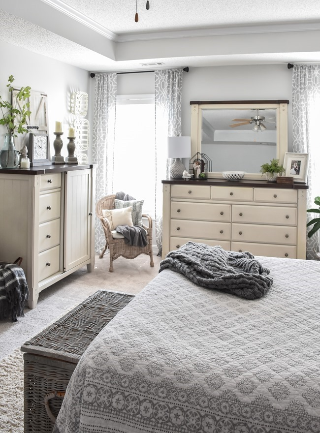 Как освежить спальню